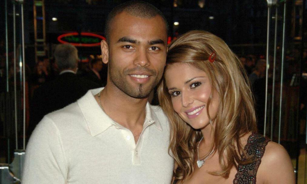 <strong>TURBULENT EKTESKAP:</strong> For ti år siden ble Cheryl Cole involvert i et utroskapsmareritt på grunn av sin daværende ektemann, fotballspiller Ashley Cole (t.v.). Nå er Cheryl singel igjen. Foto: Pa Photos/ NTB scanpix