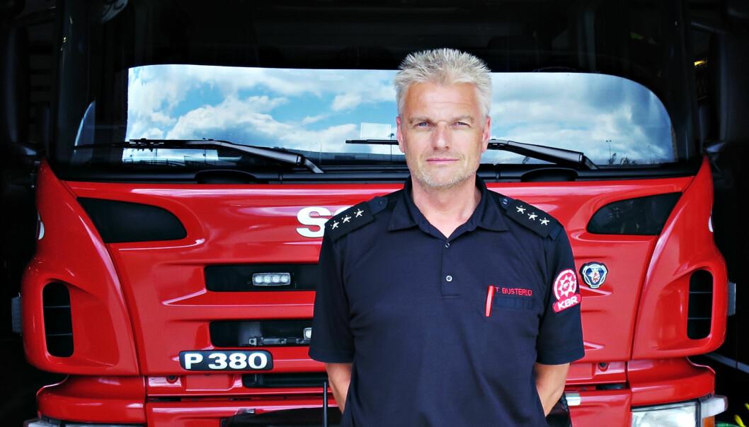 Brannvesenet må sikre åsted, ta bilder for politiet og redde liv i trafikkulykker: - En skremmende utvikling