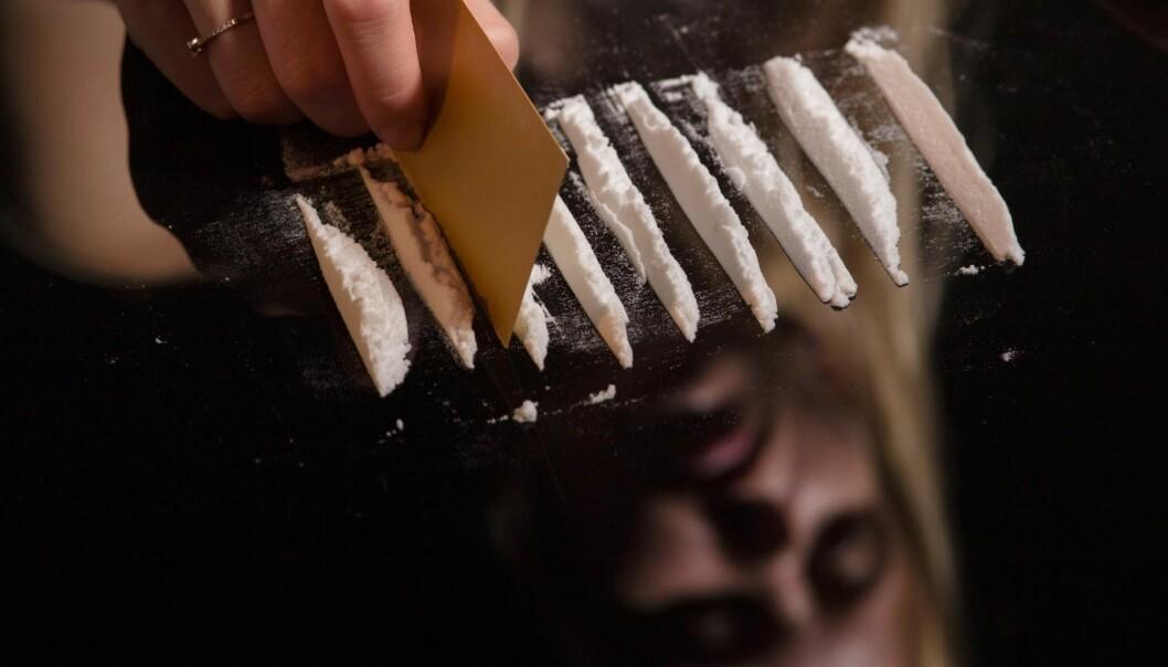 <strong>EKSTREMBRUK:</strong> Rusmidler som alkohol eller kokain har et høyt skadepotensial ved alminnelig bruk, men cannabis eller MDMA har et lavt skadepotensial ved alminnelig bruk, skriver artikkelforfatterne. Foto: Shutterstock / NTB Scanpix