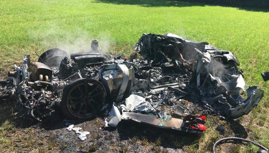 En time etter at sjåføren hadde kjøpt Ferrari for 2,1 millioner, så bilen slik ut