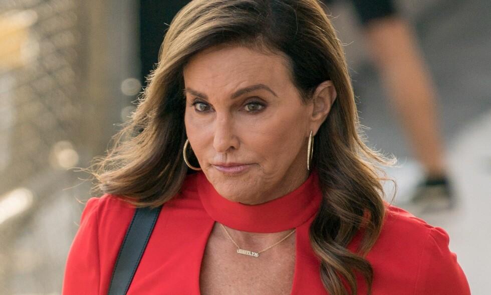 SER RØDT: Caitlyn Jenner stemte på Donald Trump ved valget, men nå raser hun mot hans siste uttalelser rundt transkjønnede. Foto: NTB Scanpix
