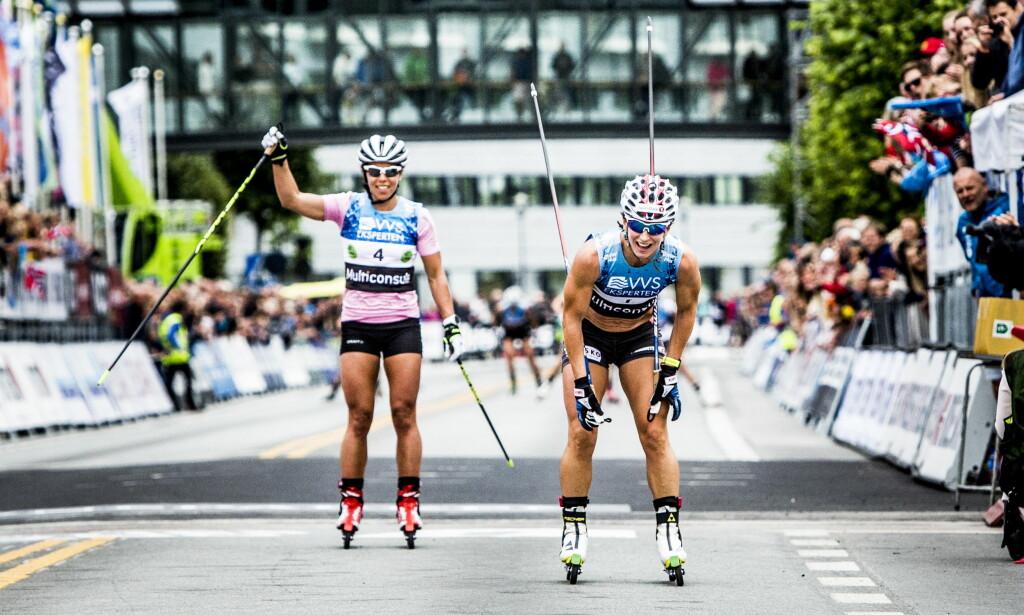 BJØRGEN-SEIER: Charlotte Kalla gikk opp i tet på den siste runda, men Rognes-jenta vant likevel. Foto: Christian Roth Christensen / Dagbladet