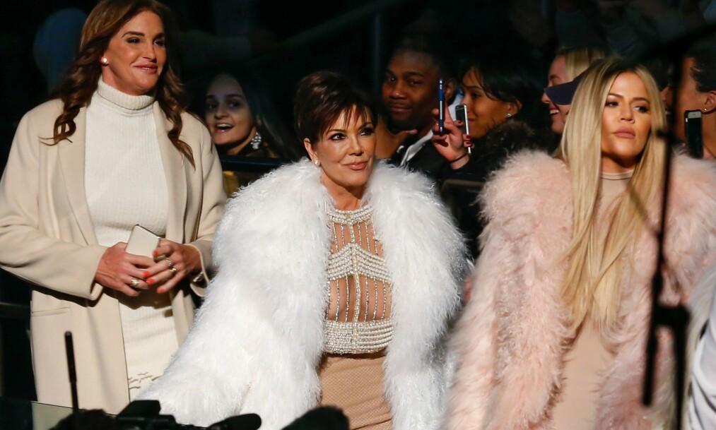 KRITISERES: Flere medlemmer av Kardashian/Jenner-klanen har de siste årene fått kritikk for bruk av pels og andre dyreprodukter. Nå er Kris Jenner, mor til de seks mest kjente barna, i førersetet for en opphetet debatt rundt problematikken. Foto: Shutterstock, Rex, NTB scanpix