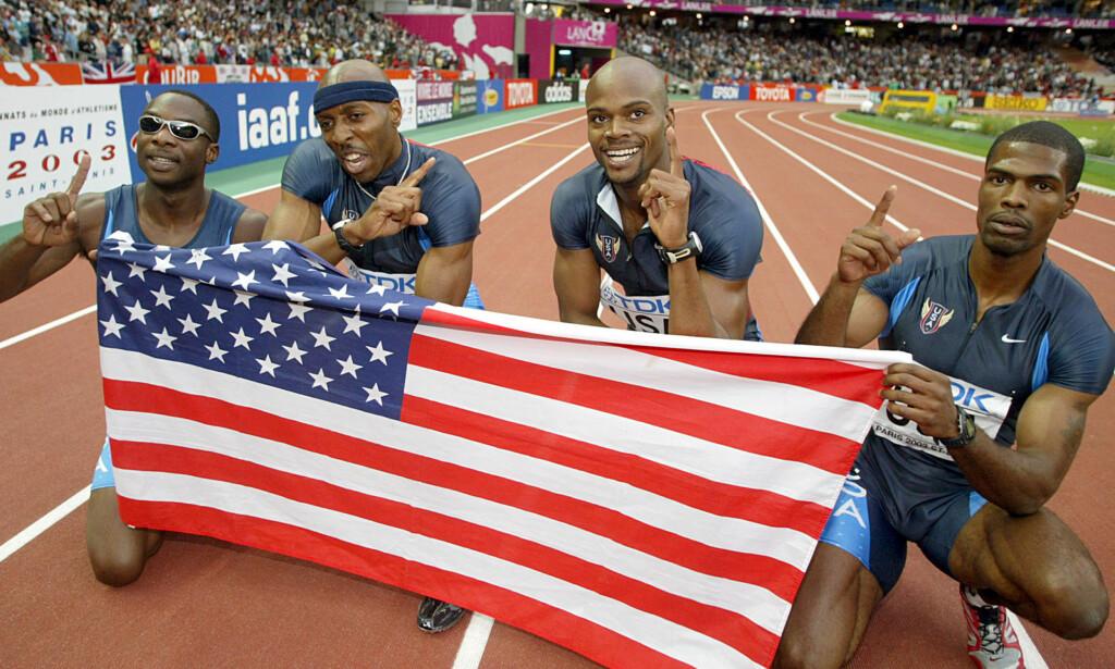 REKORDSVINDEL: Friidrettslederne vil flytte den nye rekordgrensen fra 2005 til 1991, men dopingmisbruket til amerikanske Jerome Young (til venstre) sørger nok for at verdensrekorden på 4x400 meter fra 1998 likevel blir støket. Her er Young avbildet etter nok en jukseprestasjon; VM-gullet fra stafetten i 2003 der også lagkameraten Calvin Harrison (nummer to fra høyre) røk ut av sporten på livstid etter to dopingsaker. FOTO: AP/Lionel Cironneau.