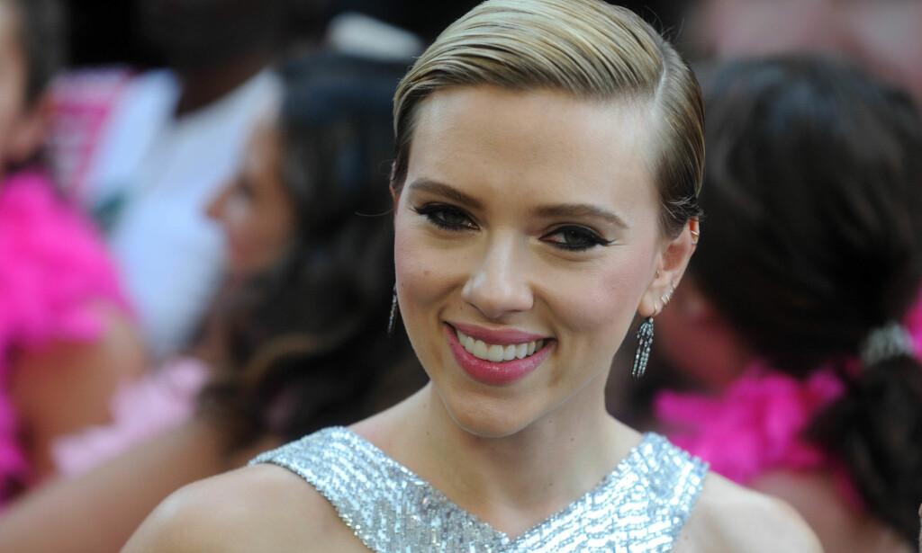 IKKE INTERESSERT: Scarlett Johansson (32) har aldri skjønt vitsen med sosiale medier. Foto: NTB Scanpix