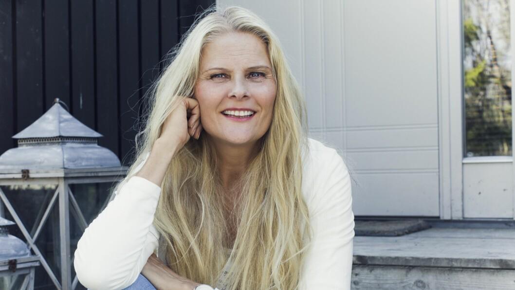 HUSBRANN: Inger Lise Solvang var nettopp ferdig med å pusse opp huset sitt, en jobb som hadde tatt flere måneder, da det brant ned. Foto: Astrid Waller