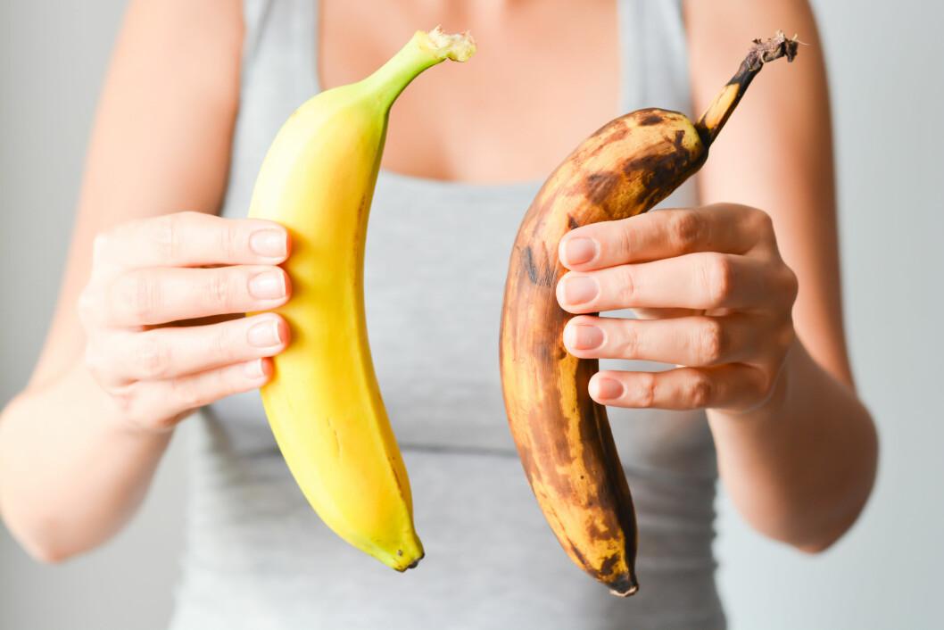 BRUN BANAN: Det er ikke alle varer som tåler lave temperaturer. Bananen kan for eksempel bli brun av kuldeskader. Foto: NTB scanpix