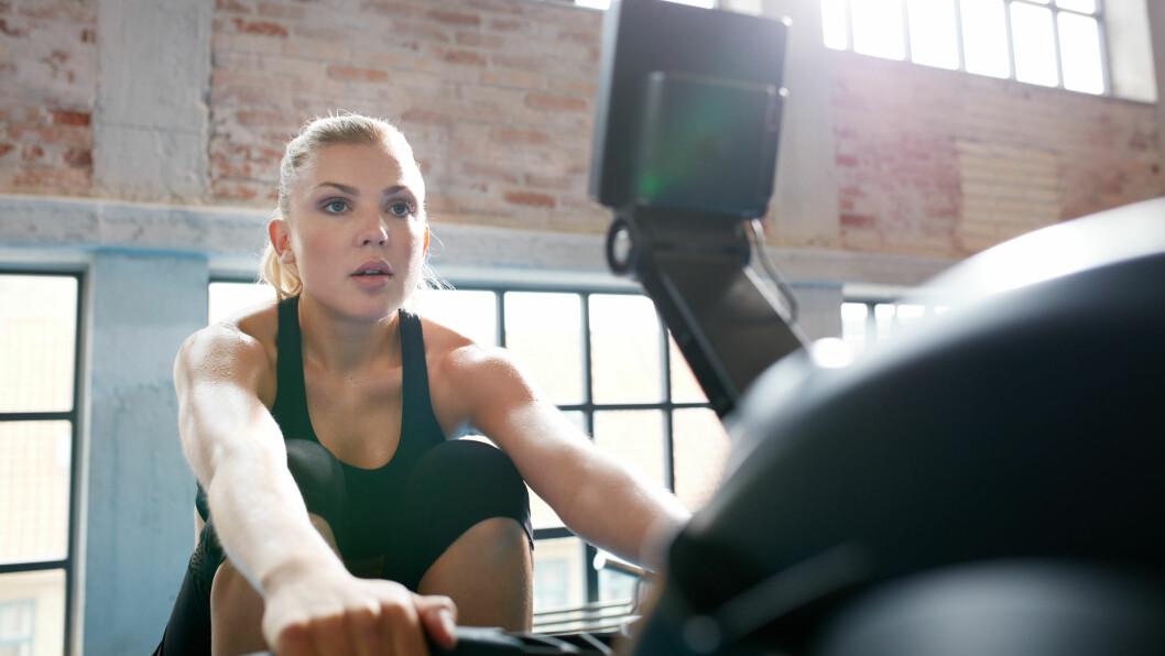 TRENE RYGG: En sterk rygg og en god holdning oppnås best gjennom trening. Foto: NTB Scanpix