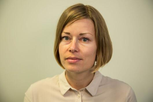 ET LIV UTEN EMOJIS: NRK-journalist Mari Rollag Evensen fikk nok av sin egen bruk av emotikoner. Hun ble nysgjerrig på livet uten smileys og testet derfor hvordan det var å leve to måneder uten smilefjes.  Foto: Thomas Ystrøm