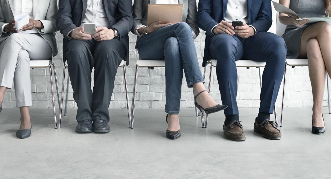 KAMP OM PLASSEN: Det er mange om beinet på de utlyste stillingene, så du kan gjøre lurt i å kontakte bedrifter du ønsker å jobbe i, selv om de ikke søker folk. Foto: NTB scanpix