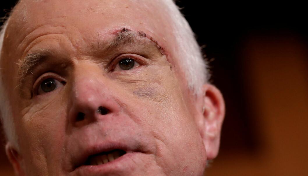 «Jeg har opplevd verre», skal kreftsyke John McCain ha sagt. Dette siktet han til