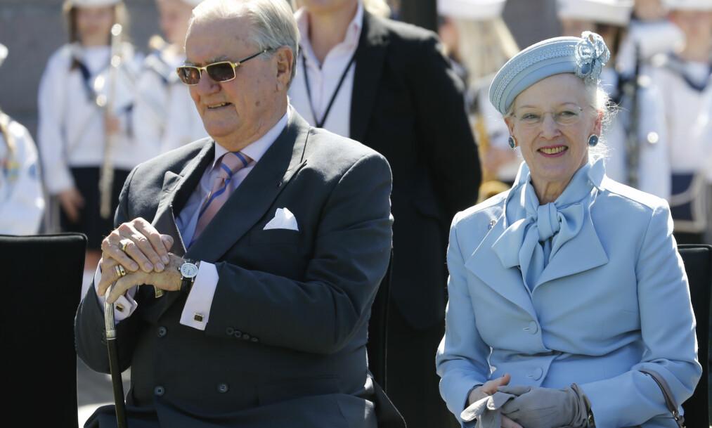 BEGRAVES IKKE SAMMEN: Prins Henrik av Danmark vil ikke lenger la seg begrave ved siden av ektefellen, dronning Margrethe. Foto: NTB Scanpix