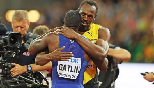<strong>VAKKERT GJORT:</strong> Usain Bolt klemmer sin gamle rival. Det var en nydelig gest, men vennlighet er ikke nok til å stoppe jukset i idretten. FOTO: Myriam Cawston/ProSports