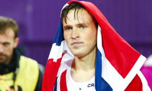 image: Spillet bak: Warholm ble oppfordret til å slutte å løpe. - Kunne mistet VM-gullet