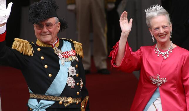DRONNING OG PRINS: Prins Henrik har ved gjentatte anledninger uttrykt sin misnøye over sin gitte tittel. Foto: AP