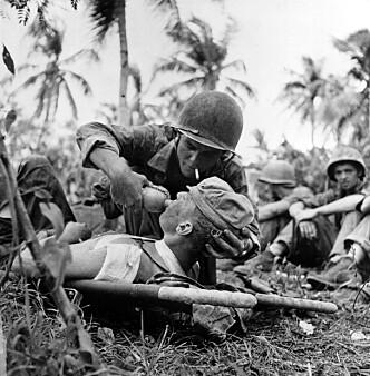 OKKUPERT: Guam ble okkupert av Japan i 1941. I 1944 gjenerobret amerikanske styrker øya. Her fra kampene om Guam. Foto: AP Photo / NTB Scanpix