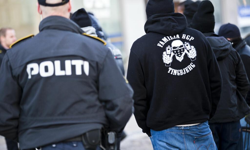 GJENGER: Dansk politi har aksjonert mot flere adresser i Danmark. Det siste halve året har «Loyal to Familia» og «Brothas» herjet i København. Foto: Scanpix DK / NTB scanpix