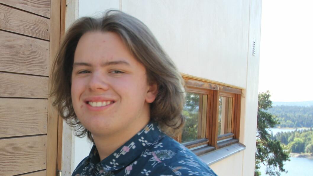 NØKKELBARN: Felix, som nå er 16 år, fikk nøklene til huset da han begynte på skolen.  Foto: Privat