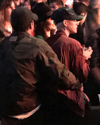 HANG SAMMEN: Ifølge andre publikummere skal Bloom og Perry ha oppført seg som et kjærestepar på konserten. Foto: Splash / NTB Scanpix
