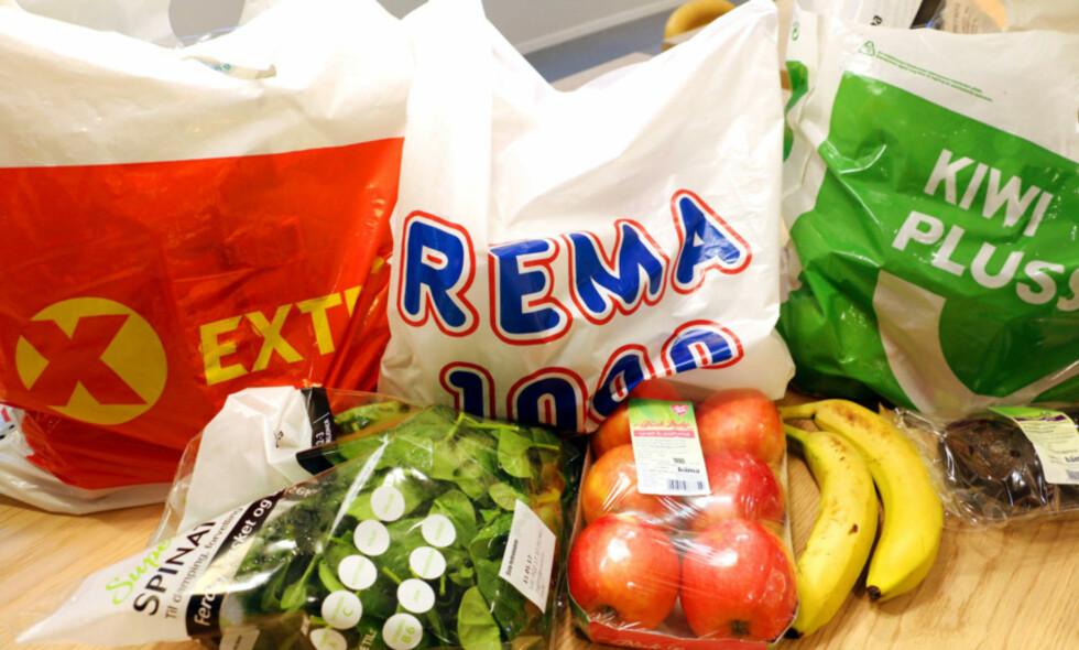 Næringstilsynet har bedt Konkurransetilsynet om å sjekke kjedenes innkjøpsvilkår.Foto: Kristin Sørdal / Dinside