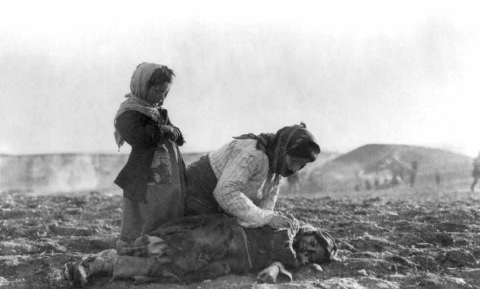 DØDSMARKENE: Nærmere halvannen million armenere ble myrdet under 1. verdenskrig. Historikere og politikere er uenige om det var et folkemord. Foto: Wikimedia Commons