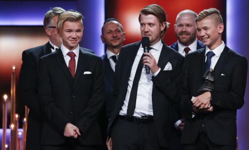 FORNØYD: Dokumentaren om Marcus og Martinus Gunnarsen vant Folkets Amanda, og regissør Daniel Fahre holdt takketale. Foto: Jan Kåre Ness / NTB scanpix