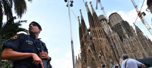 - Ville drepe turister med kniver og økser og sprenge verdenskjent katedral med «Satans mor»
