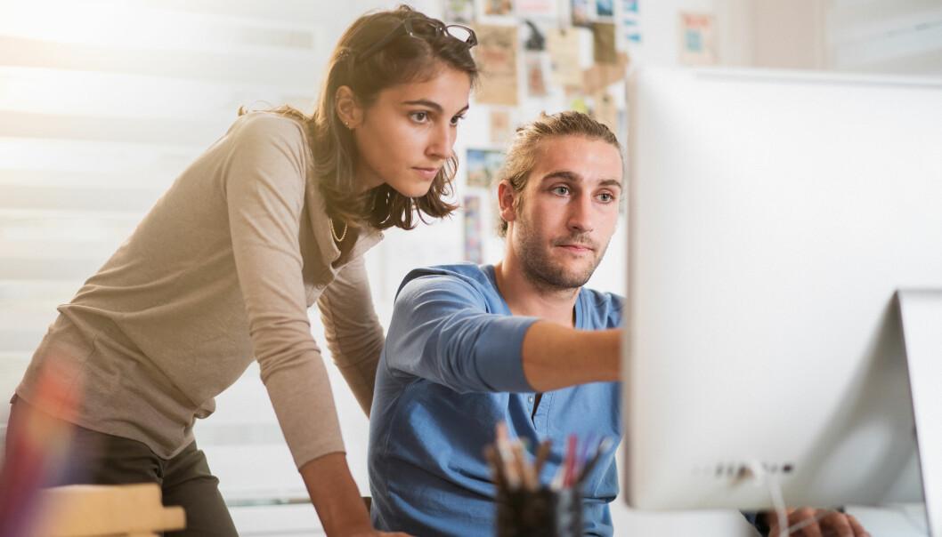 RIVALISERING PÅ JOBB: Rivalisering på jobben er ikke et uvanlig fenomen, særlig på arbeidsplasser der de som presterer best fremheves som «vinnere» eller talenter. FOTO: NTB Scanpix