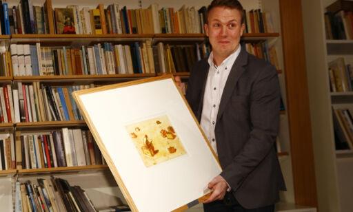 OSLO  20140306. Bernhard Ellefsen fikk prisen Årets litteraturkritiker 2014 for sin innsats som kritiker blant annet i Morgenbladet på Litteraturhuset i Oslo. Foto: Heiko Junge / NTB scanpix