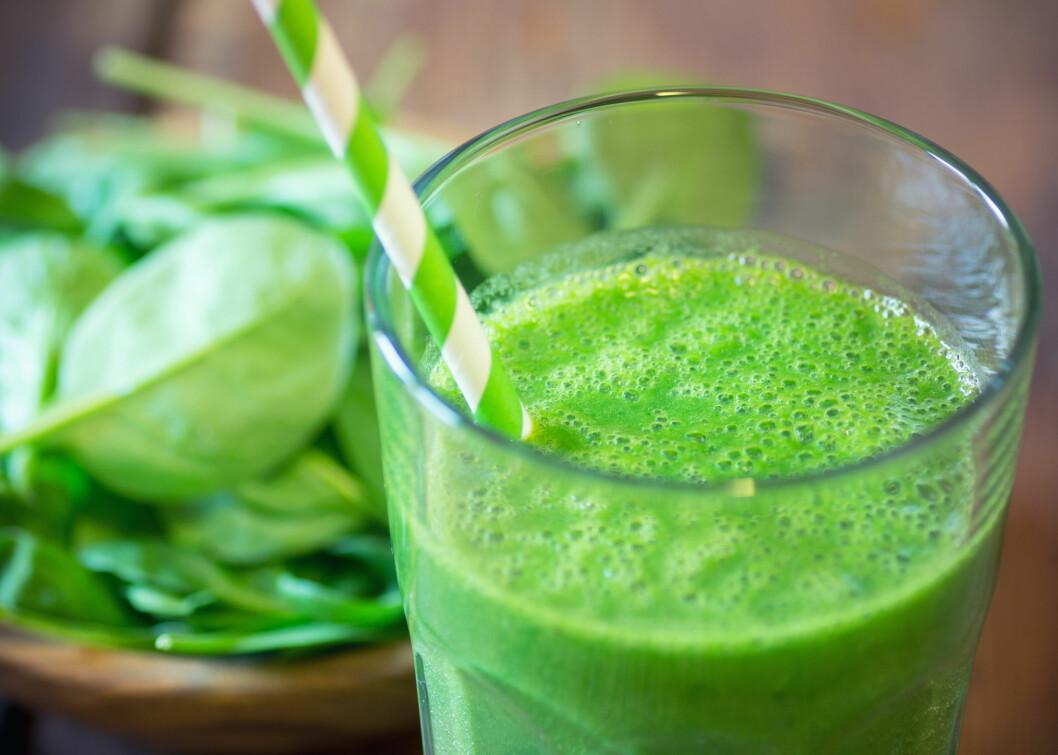 SMOOTHIE: Dersom du ikke er så glad i grønnsaker kan du kamuflere dem i en grønn smoothie.  Foto: lecic - Fotolia