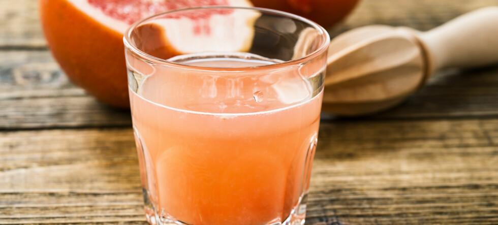 Derfor bør du drikke et glass grapefruktjuice