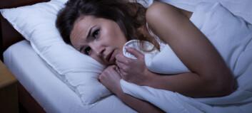 Opplever du å våkne uten å kunne bevege deg?