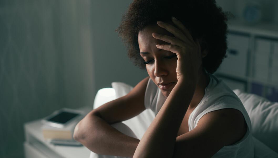 SØVNPROBLEMER: Ifølge ekspertene er det normalt å ha oppvåkninger med en varighet på totalt 30 minutter om natten.