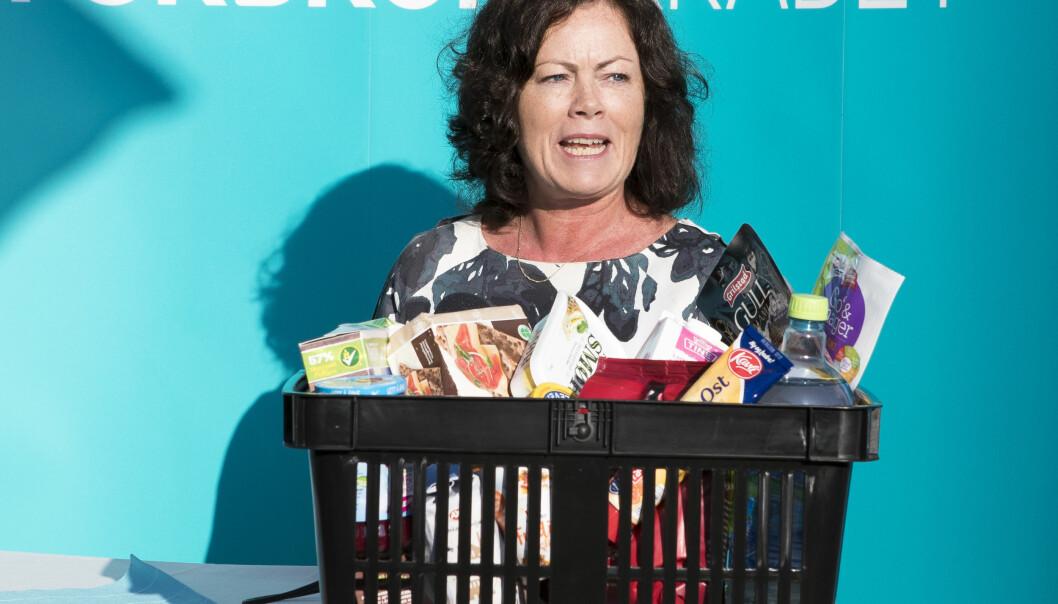 """<strong>LANSERTE TJENESTE:</strong> Barne- og likestillingsminister Solveig Horne var med på å lansere tjenesten """"Sjekk dagligvarer"""" torsdag i forrige uke. Feil har gjort at tjenesten ikke er blitt oppdatert med nye tall. Foto: NTB Scanpix"""
