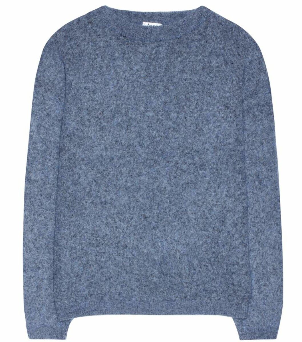 Genser fra Acne Studios via Mytheresa.com |2215,-|https://www.mytheresa.com/eu_en/acne-studios-dramatic-mohair-and-wool-blend-sweater-804408.html?catref=category