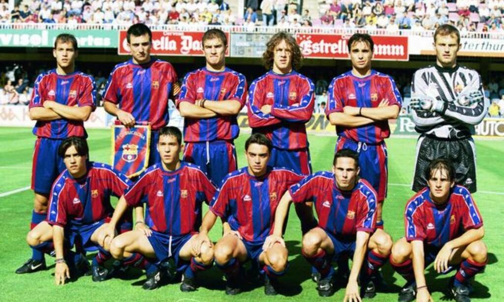 BLE SUPERSTJERNER: Barcelona B-laget fra 1998 inneholdt spillere som Gabri Garcia, Carles Pyol, Luis Garcia, Xavi og Jofre. Her var også Mario Rosas (nummer én nede fra venstre), som aldri ble en stjerne. Foto: Mundo Deportivo