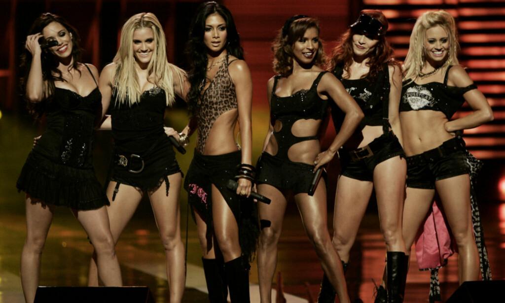 PÅ SCENEN: Nicole Scherzinger slet med selvbildet da Pussycat Dolls var på sitt beste. Her under en konsert i New York i 2006. Foto: NTB Scanpix
