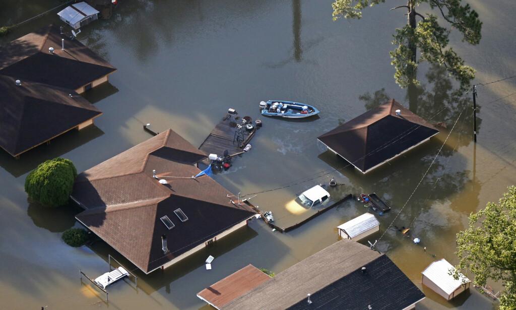 EKSTREMVÆR: Ekstrem-stormen Harvey kom med enorme nedbørsmengder. Det har ført til enorme ødeleggelser i det sørøstlige Texas. Foto: NTB Scanpix