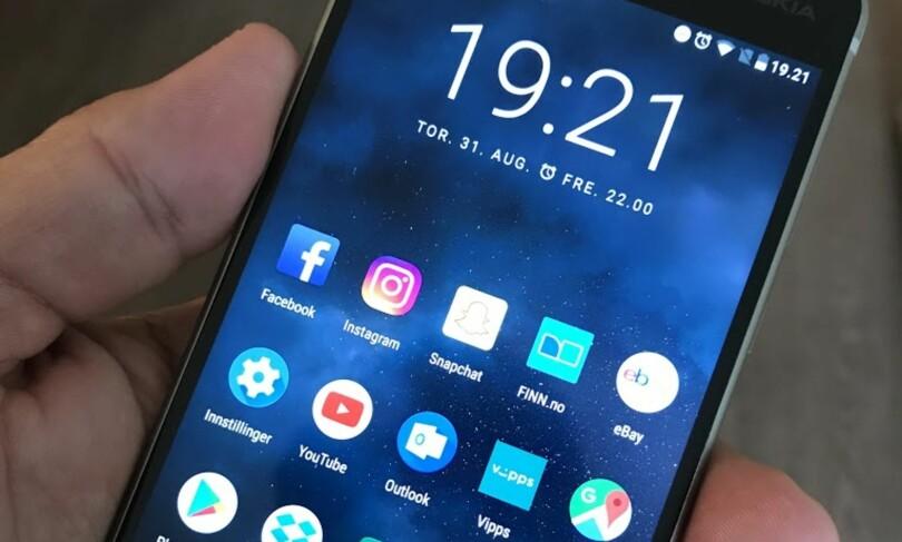 FULL KONTROLL: Med ren Android 7 får du en rask og logisk brukeropplevelse, og kan gjøre akkurat de tilpasningene du selv ønsker. Foto: Bjørn Eirik Loftås