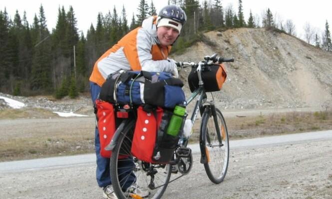 BEDRE OG BEDRE: Ikke verst å klare å presse fram et smil etter en total stigning på over 500 meter! Foto: Bjørn Eirik Loftås