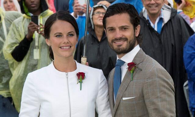 Prins Carl Philip Og Prinsesse Sofia Delte Bilde Av Sin