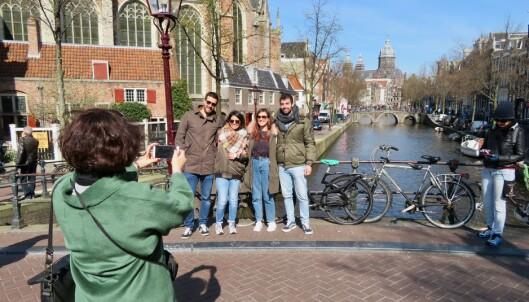 <strong>FØLGER DU MED:</strong> Pass ekstra på når dere tar bilder på populære turistmål. Lommetyvene herjer. Foto: Odd Ror Lange/The Travel Inspector
