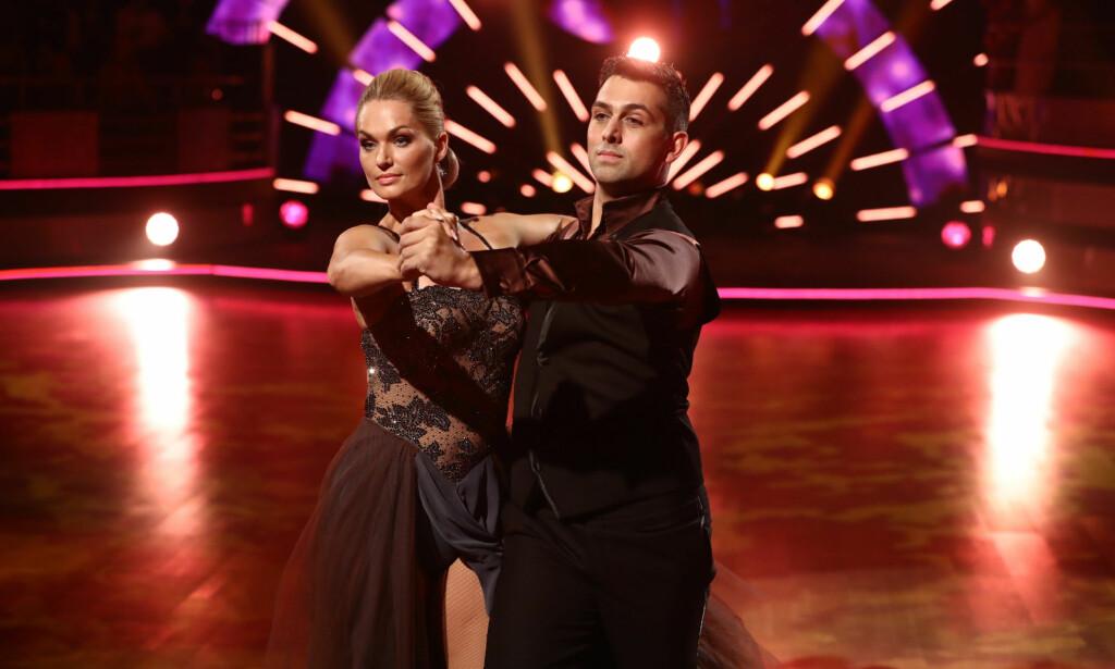 IMPONERTE: Marna Haugen Burøe og Glenn Jørgen Sandaker gav dommerne hakeslepp med sin tango. Foto: Thomas Reisæter/ TV 2