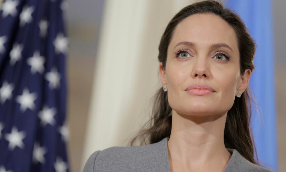 ÅPNER SEG: Hollywood-stjerna Angelina Jolie har hatt et vanskelig år, etter at bruddet med Brad Pitt ble et faktum. Foto: NTB scanpix