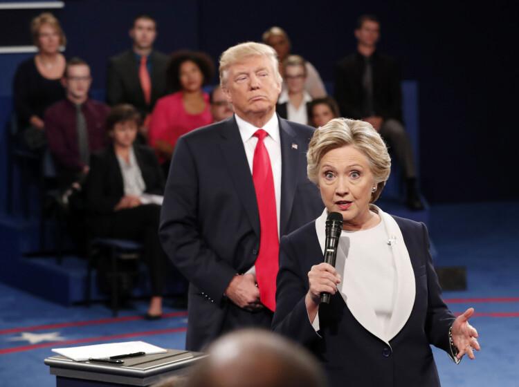 Beskriver Hillary som «ludderet»