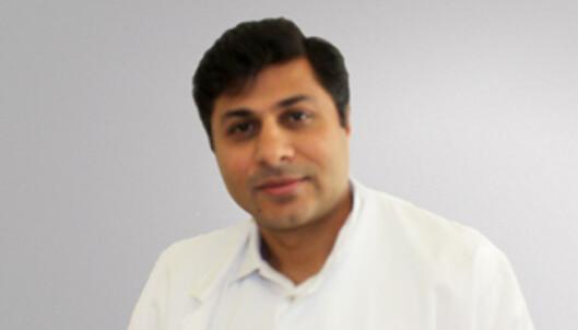 <strong>SPESIALIST I INDREMEDISIN OG FORDØYELSESSYKDOMMER:</strong> Asad Ali har bred erfaring med å utrede pasienter med magesmerter. (Foto: Privat)