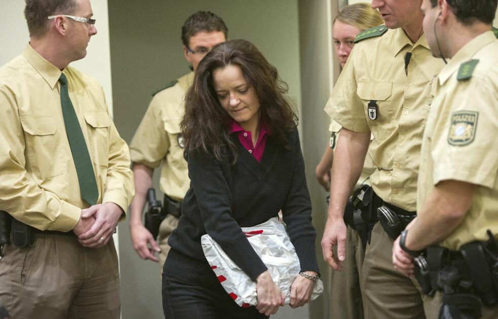 <strong>Anklaget:</strong> Beate Zschäpe var medlem av den tyske terrororganisasjonen NSU. Nå er hun anklaget for medvirkning til ti mord, to bombeattentat og femten grove overfall. Bildet er fra 2013. Foto: Marc Mueller / AP / NTB Scanpix