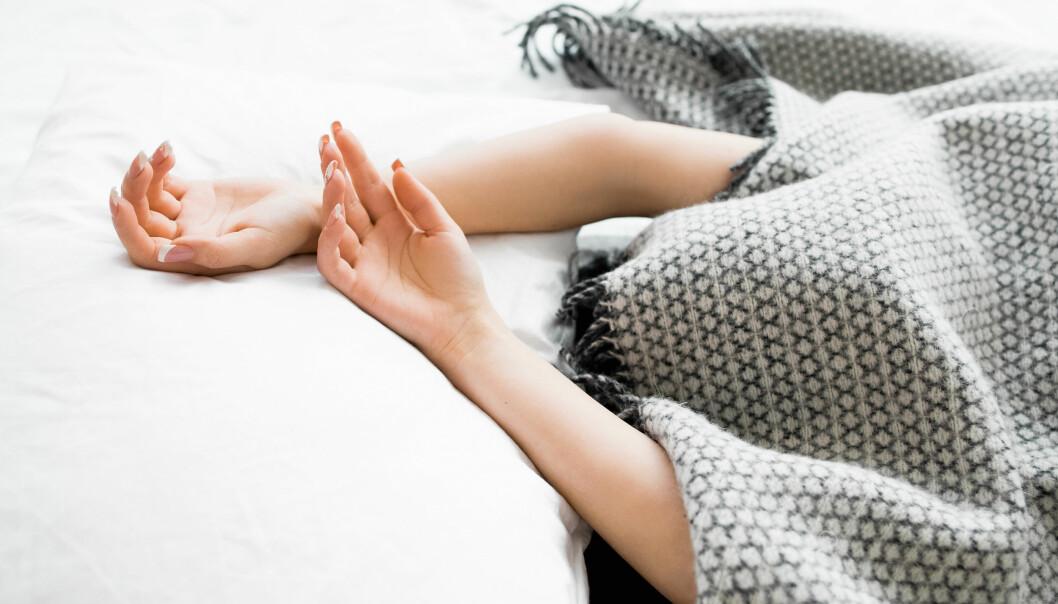 HODEPINE: Våkner du med hodepine kan det være flere årsaker til det. FOTO: NTB Scanpix