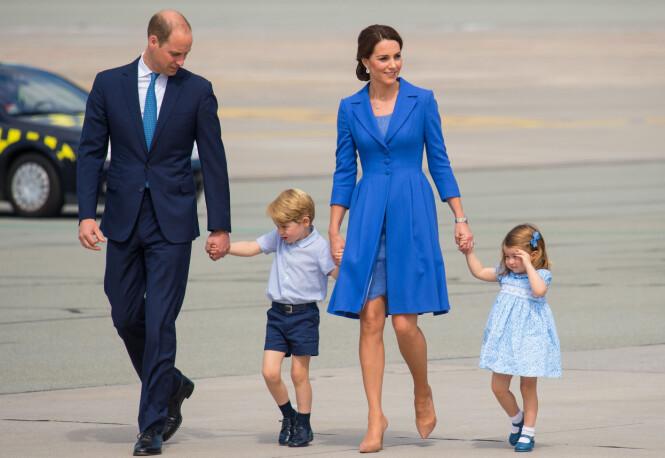 <strong>SNART BLIR DE FEM:</strong> Hertuginne Kate og prins William har barna prins George (4) og prinsesse Charlotte (2) fra før. Neste år blir de foreldre til barn nummer tre. Foto: NTB Scanpix