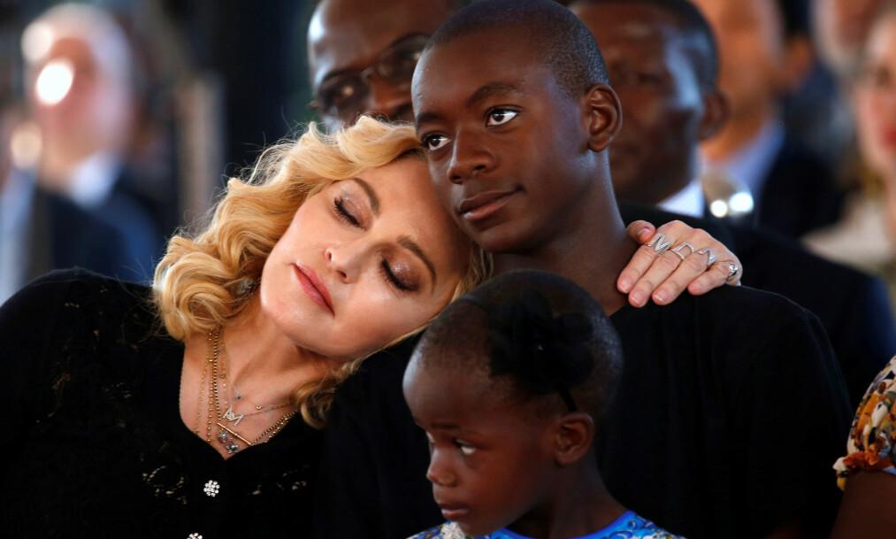<strong>MYE MOTGANG:</strong> I nytt intervju snakker sangstjerna Madonna ut om de tre adopsjonsprosessene hun har vært gjennom. Foto: Reuters / NTB scanpix